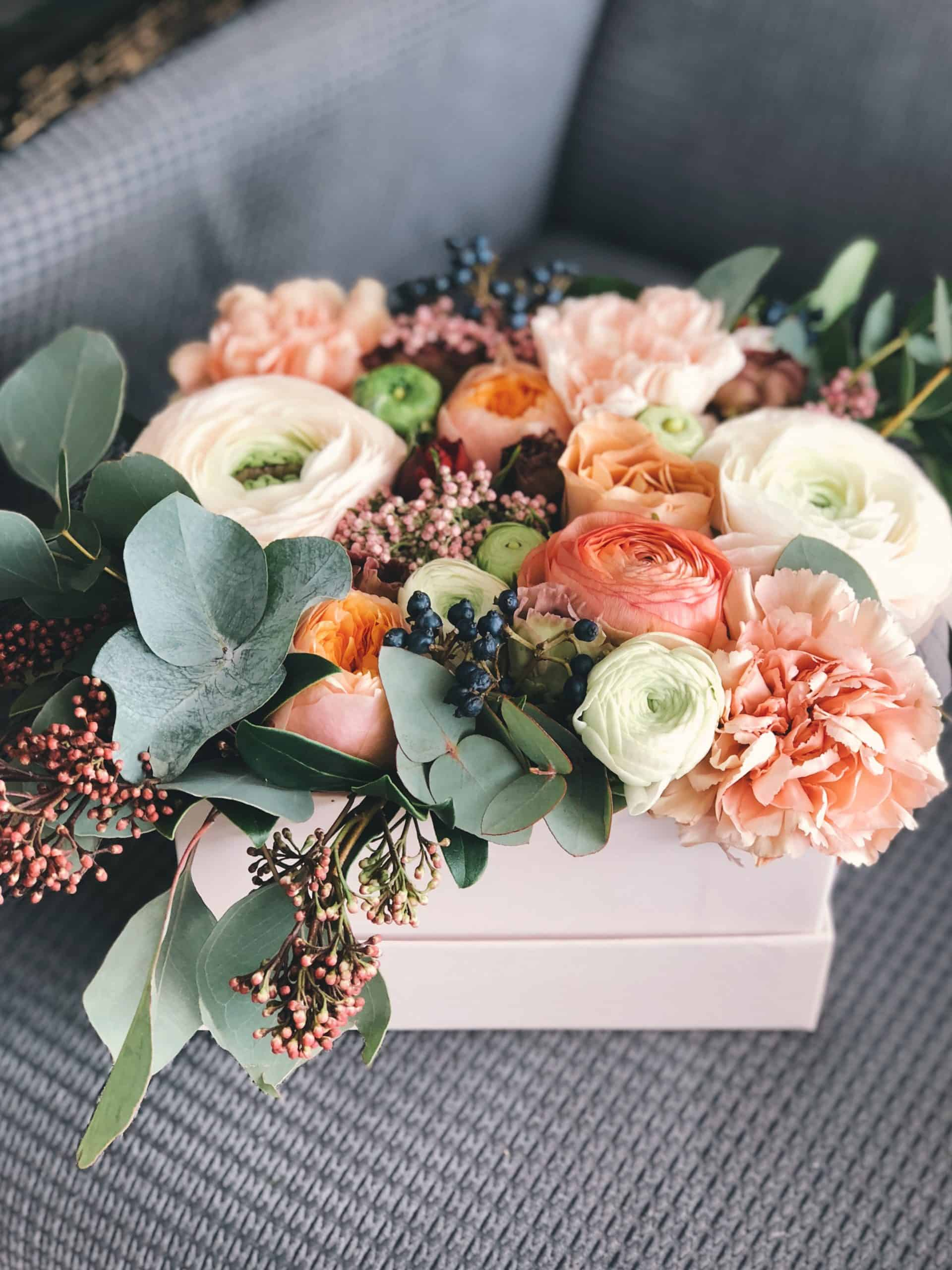 Simple Guidelines On How To Arrange Flowers